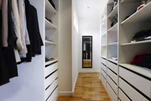 fitted_dressingroom
